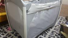سرير وحاضنة اطفال