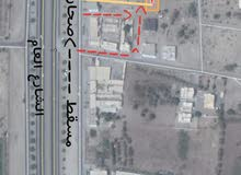 للبيع أرض سكني تجاري بركا بموقع ممتاز ثاني خط من الشارع العام مساحة 400م