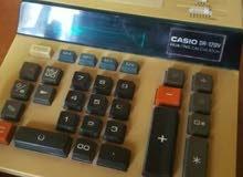 مطلوب آله حاسبه كاسيو  مثل الذي بالصورة