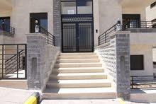 شقة مساحة 132 م طابق اول في ابو علندا منطقة مخدومة تشطيبات ملوكية جدديدة لم تسكن