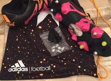 2 أحذية سبورت ماركة adidas ( كعب )