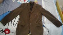 سلام عليكم:جاكا للاولاد مقاس 9 تلبس 12 سنه