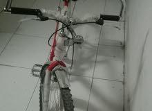 دراجه هوائية للبيع حاله ممتازة إستعمال 20يوم للبيع أعلي سعر لدواعي السفر
