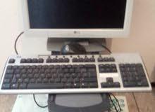 كمبيوترديل جيد.   مع جهازكهربءي لخبزالمادلين