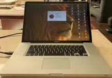 Apple MacBook Pro C2D 17 inch 4GB/500GB