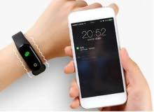 الساعة سمارت موديل M4 تقوم بقياس ضربات القلب و مراقبة ضغط الدم و تسجيل مدة النوم