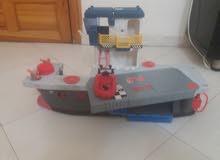 سفينة حربية ذات مدافع مائية + قارب نجاة مجانا