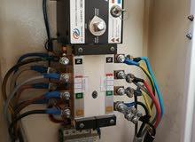 فني كهرباء تأسيس شبكات.