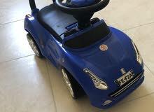 سيارة طفل