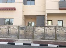 للسفارات و المؤسسات فلل للايجار علي الشارع الرئيسي مباشرة