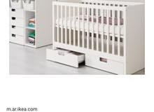 سرير ايكيا للاطفال بأدراج لون ابيض