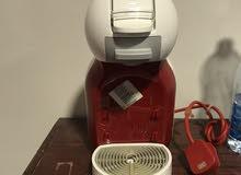 مكينة صنع القهوة (Nescafe Dolce Gusto)