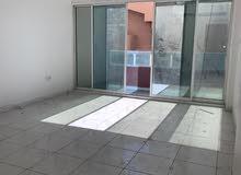 للإيجار في عجمان على شارع خليفة الرئيسي منطقة النعميه غرفة وصالة سنوي