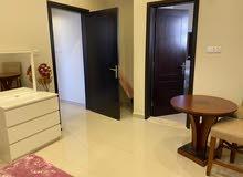 للايجارغرفة وصالة مفروش مع حمامين في إمارة عجمان منطقة الجرف