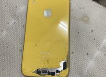 ايفون XR شاشة خلفية مكسورة