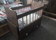 سرير طفل خشبي درجة أولى