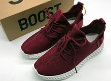 أحذية بمقاسات 36-40 وبكافة الألوان