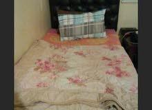 4 سرير للبيع