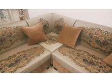 beutiful sofa in a good condition