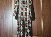 ثوب مطرز للبيع
