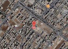 ارض مساحه 7 دونمات في الذراع قرب مستشفى الحياه
