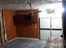 شقة أرضية للأيجار تصلح سكن طلاب أو مختبر أو صالون