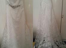 للبيع فستان زفاف جديد لم يستعمل بعد وارد من الخارج حديثا