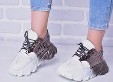 حذاء رياضي طبي