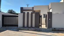 منزلين للبيع في عين زاره دبلوماسي