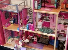 Pretend Play- Doll House in Pristine condition