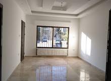 شقة مميزة للبيع في ام السماق طابق ثاني 150م