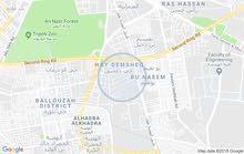 عماره  في حي دمشق. للبيع