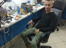 مهندس صيانه هواتف متخصص ايفون هارد وير ماذر بورد