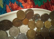 أكثر من 80 قطعة نقدية قديمة (1934 - 2002)
