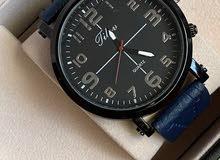 ساعة جلد رجالية بقيمة 8 ريال