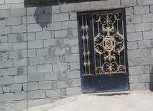 للبيع بيت غير ملك  في تقاطع زيتون على شارع العام مكانه تجاري