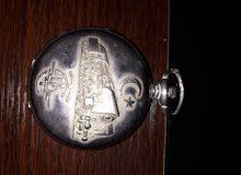 لبيع ساعة روسيا  قديمة محتاجة صينة