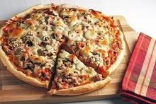 صنايعي بيتزا ومعجنات باكافه انواعهم ذو خبره ومهاره