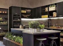 مطابخ إيطالية حديثة و الأبواب الخشبيه و النوافذ