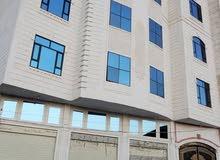 عماره للإيجار 4 دور 7 شقق مع البدروم ب الكامل للايجار صنعاء شارع الخمسين بيت بوس