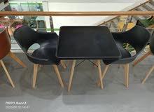 promotion  table est des chaises scandinave  importation