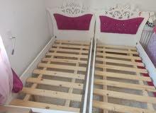 A vendre deuxs lits