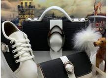 هدايا... أطقم...نسائية.. أحذية مريحة