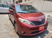 تويوتا سيينا نظيف للبيع 2012