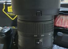 العدسة العملاقة 28-300 mm F3.5 المميزة نظيفة جدا