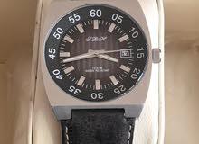 ساعة SBH  الاصلية مع علبتها