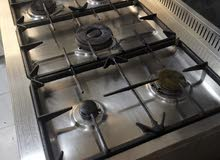 Stove with 5 gas burners and oven