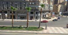 شقة 145 متر بسموحة علي شارع فوزي معاذ الرئيسي