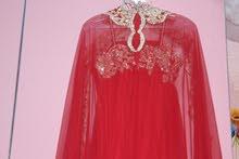 فستان سهرة  احمر جميل للايجار ب 20