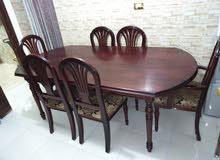 طاولة سفرة 6 كراسي بحاله جيدة جدا للبيع
